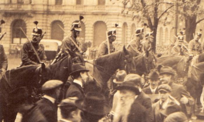 Dire la grève générale de 1918: les mots du silence